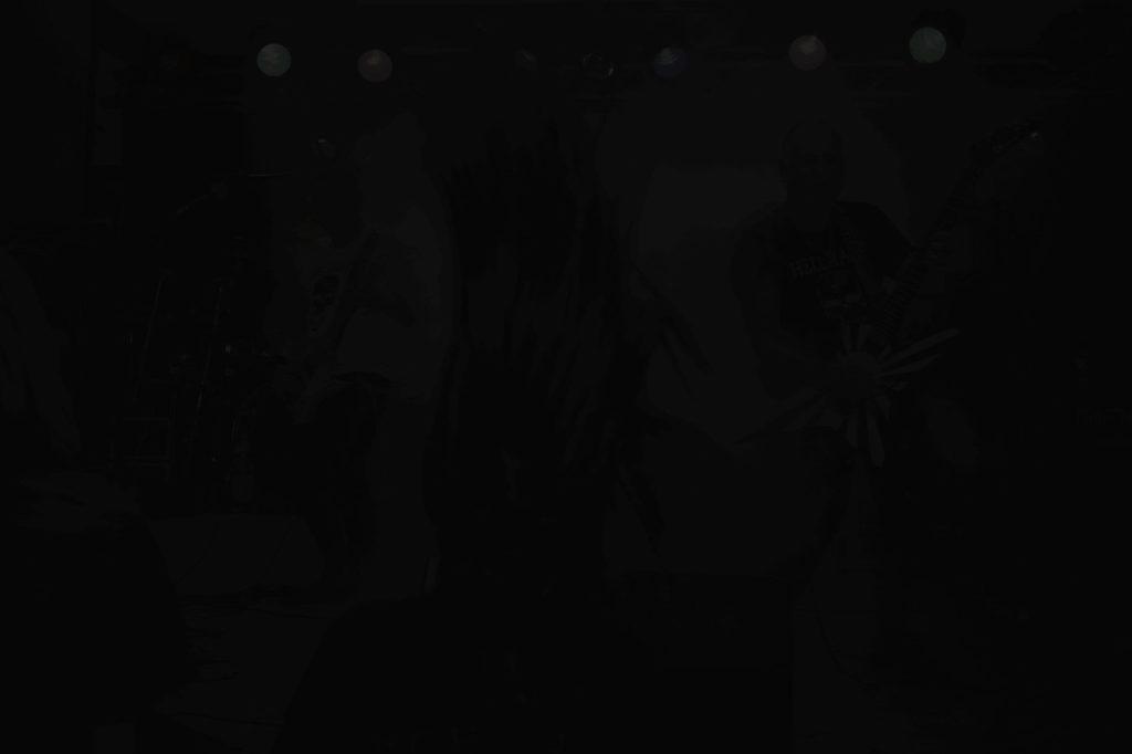 Emergenza koncert w mroku